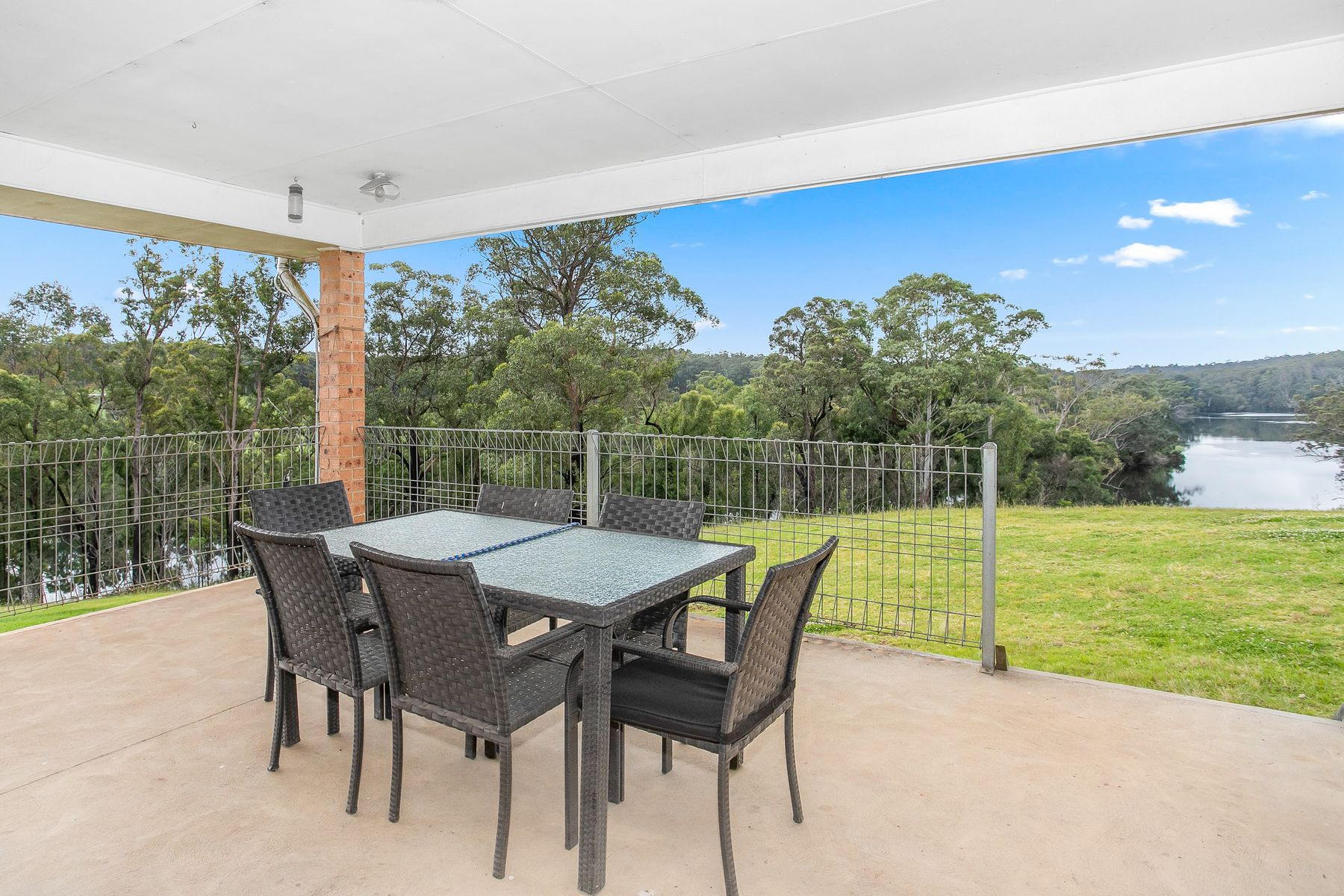 2752 The River Road, Currowan, NSW 2536