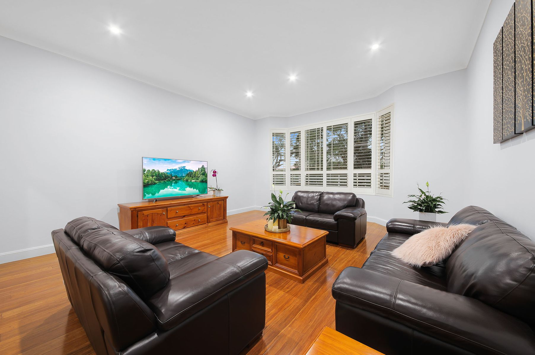 2A Carinya Road, Picnic Point, NSW 2213