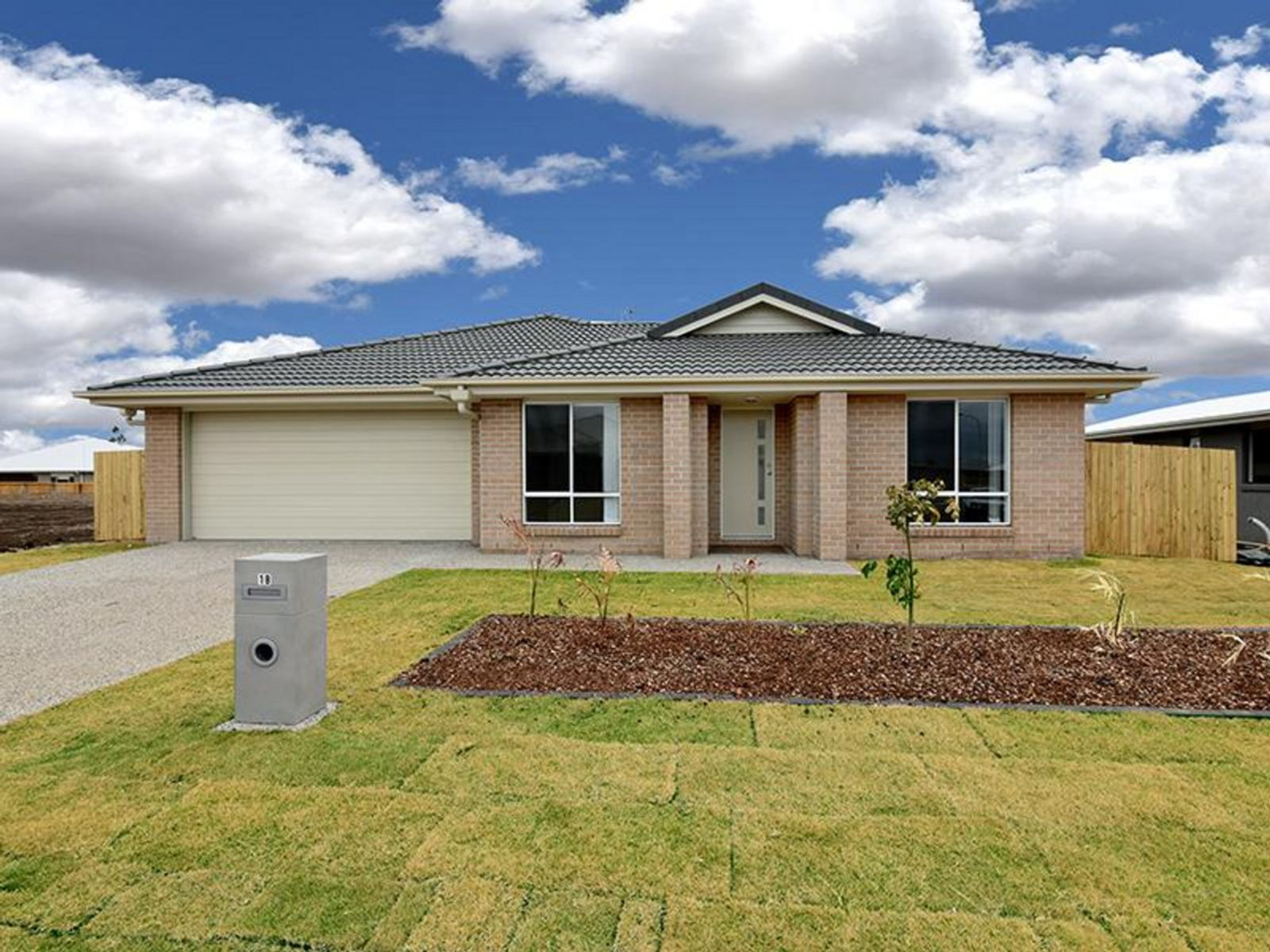 18 Myrtleford Crescent, Cambooya, QLD 4358