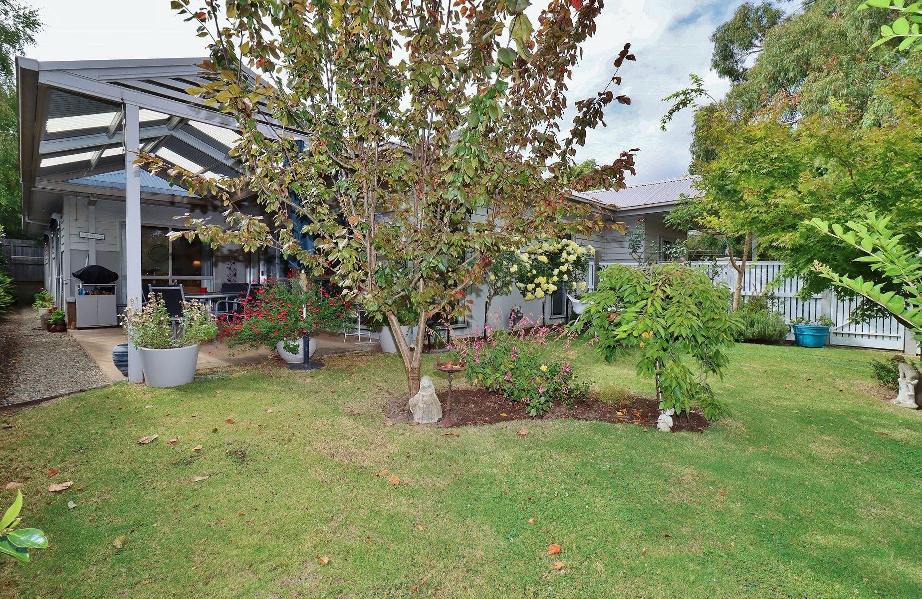 1/4 St Leonards Road, Healesville, VIC 3777