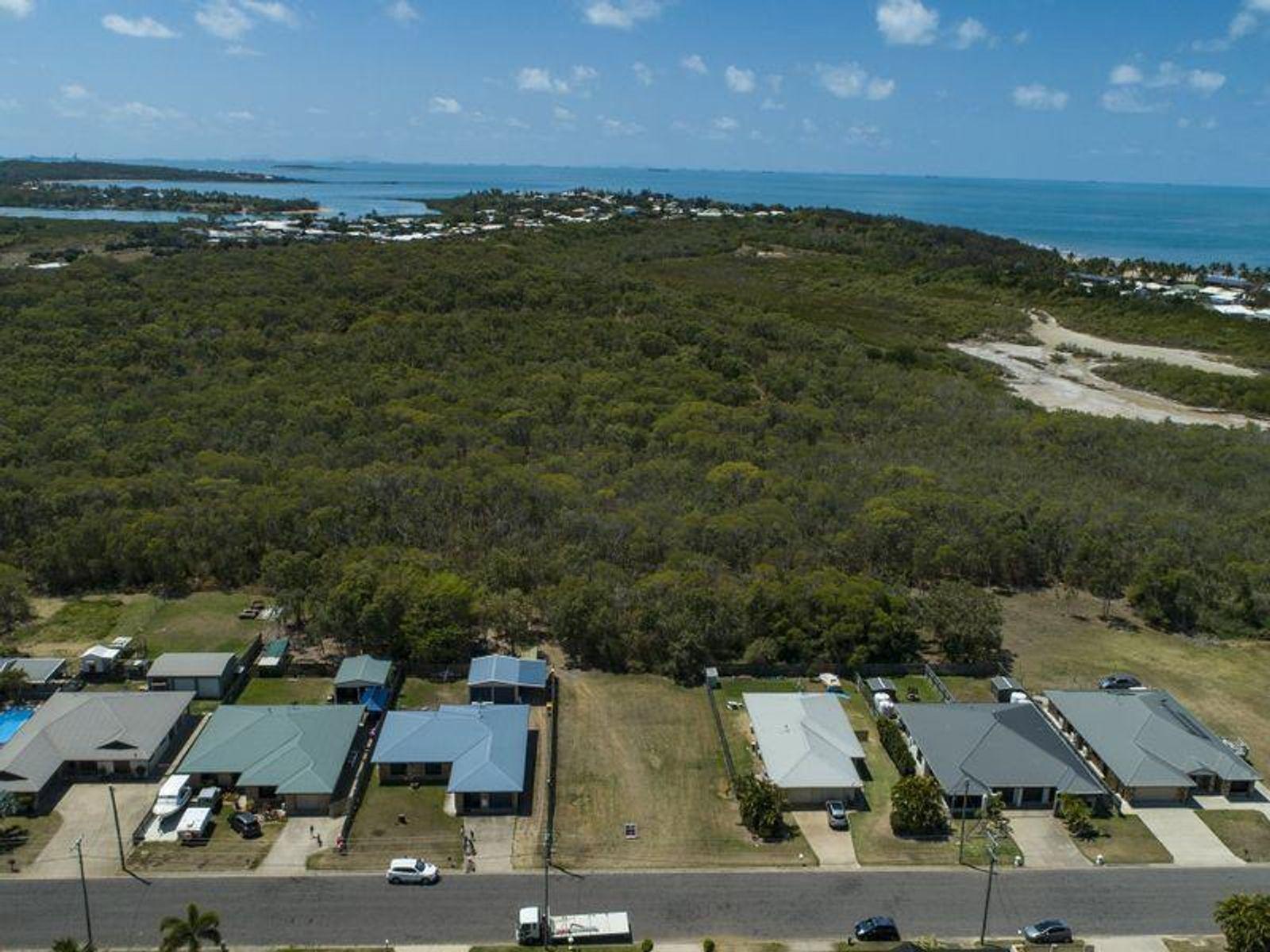 32 Brooksfield Drive, Sarina Beach, QLD 4737