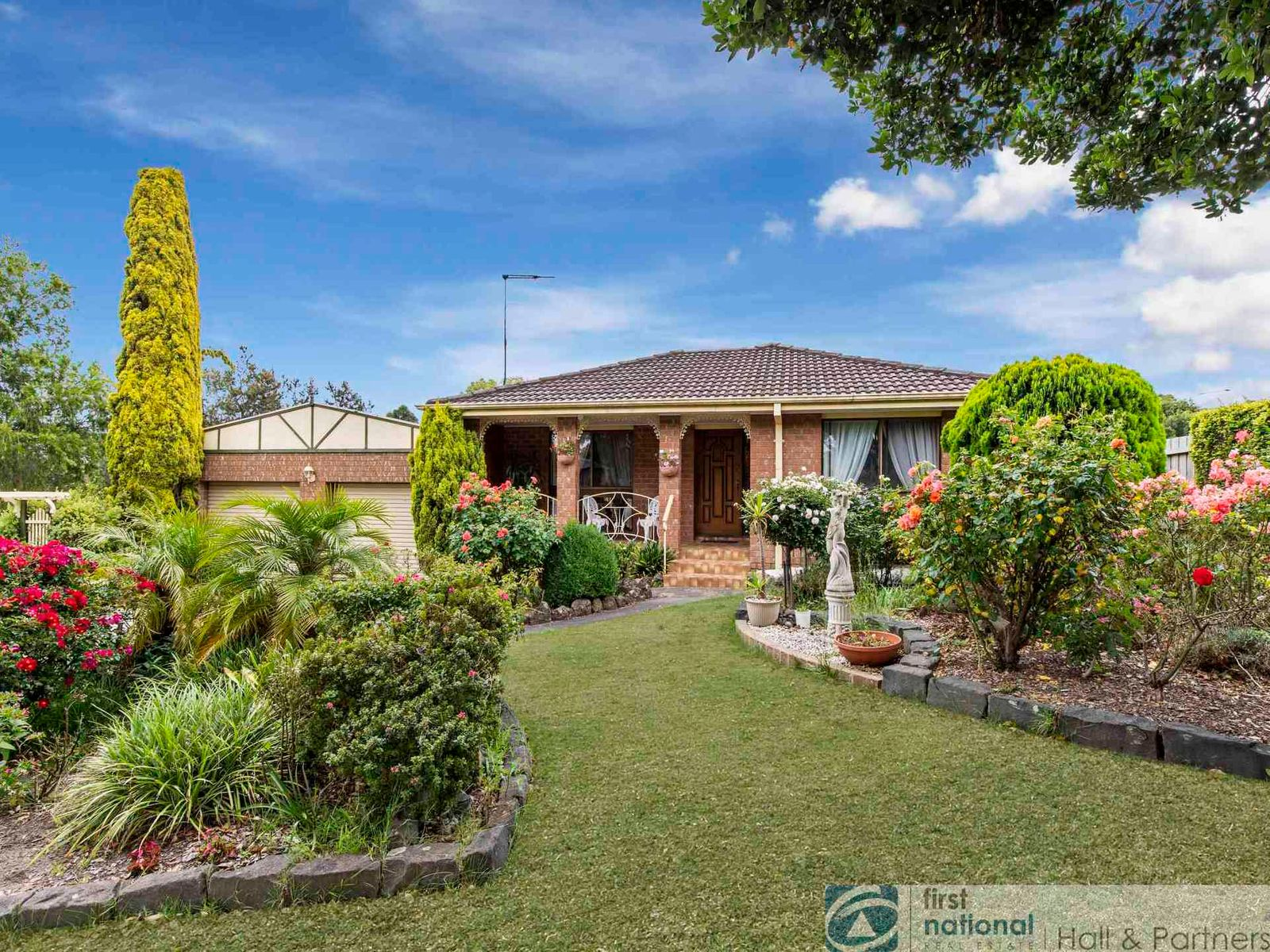 5 Merryn Close, Endeavour Hills, VIC 3802