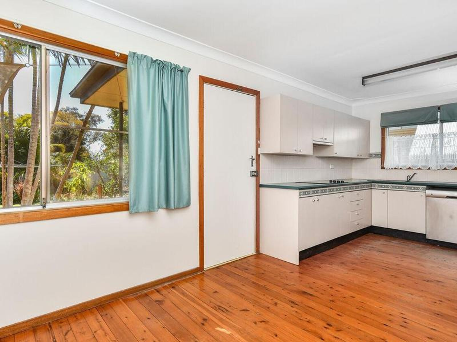 139 Bourke Road, Umina Beach, NSW 2257