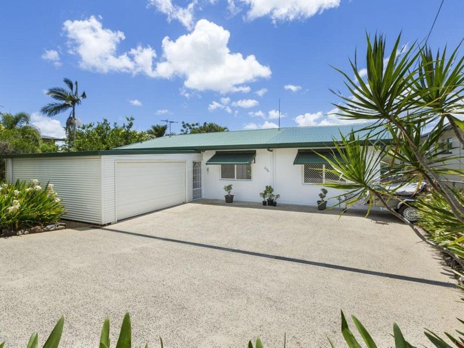 296 PALMERSTON Highway, Belvedere, QLD 4860