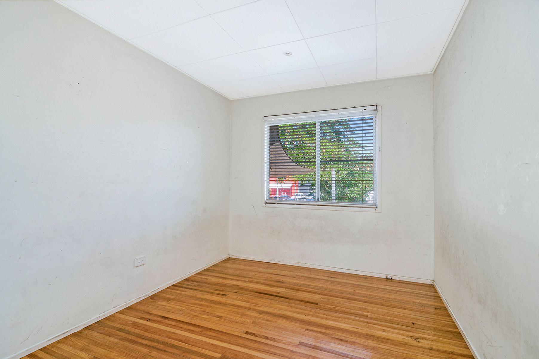 48 Mary Street, Kingston, QLD 4114