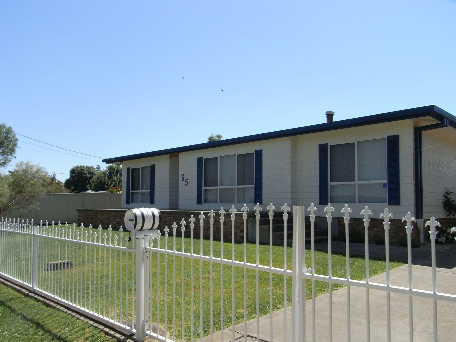 35 Derby Street, Glen Innes, NSW 2370