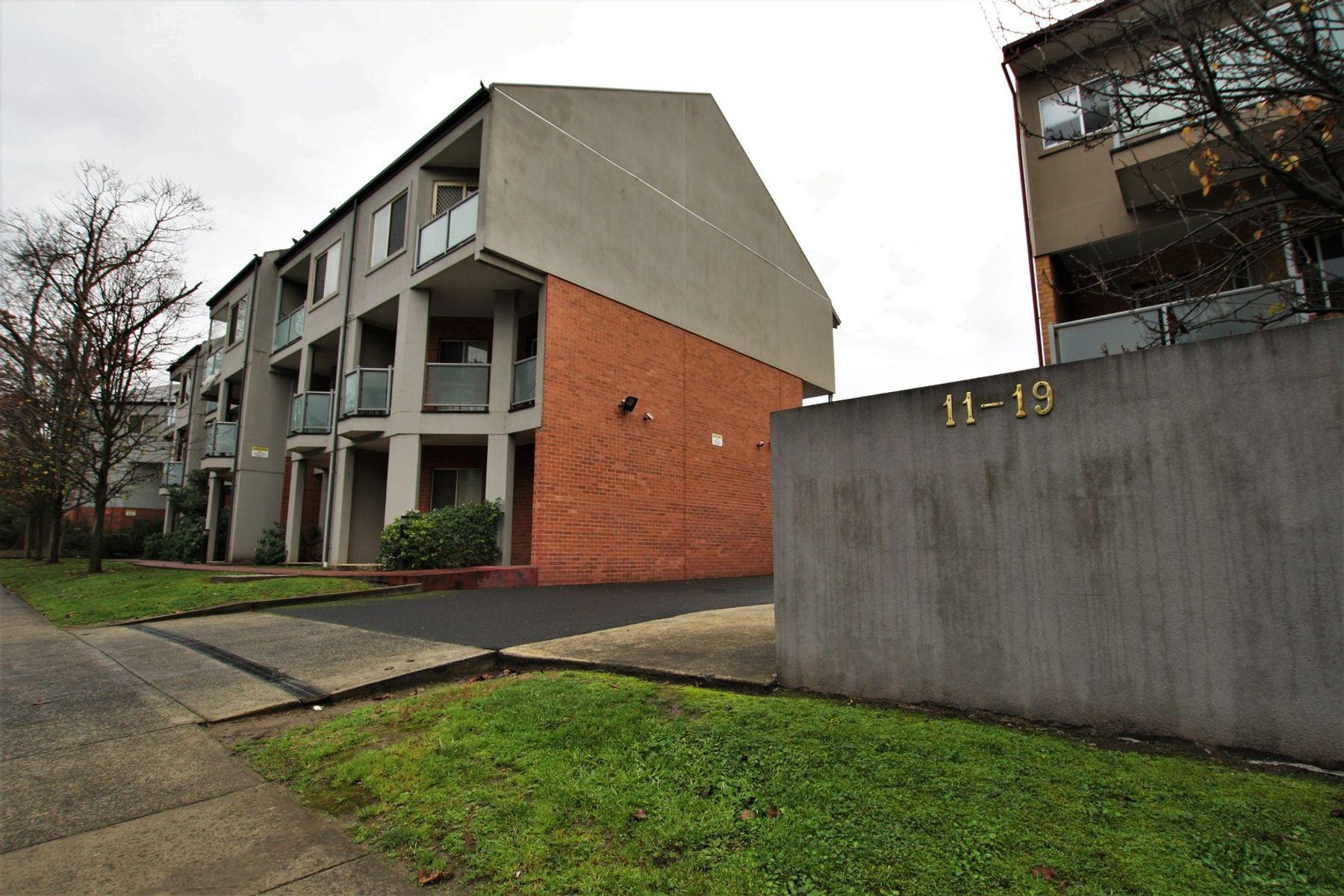 83/11-19 Hewish Road, Croydon, VIC 3136