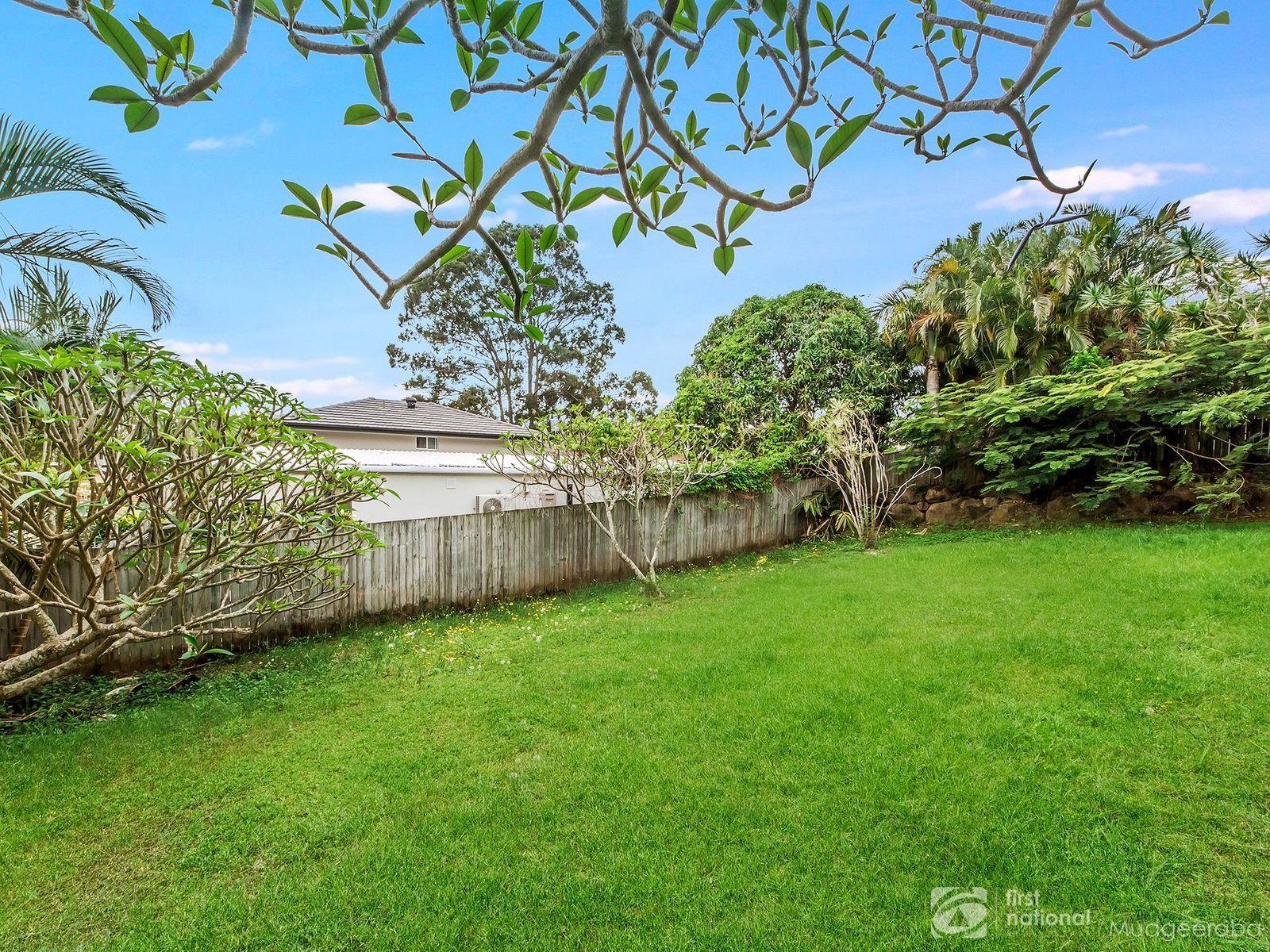 22 Mungala Street, Hope Island, QLD 4212