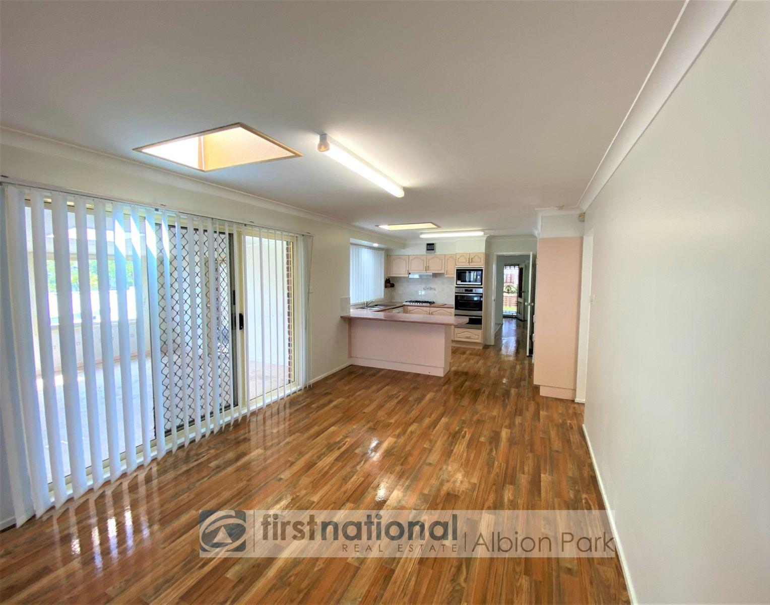 55 Daintree Drive, Albion Park, NSW 2527