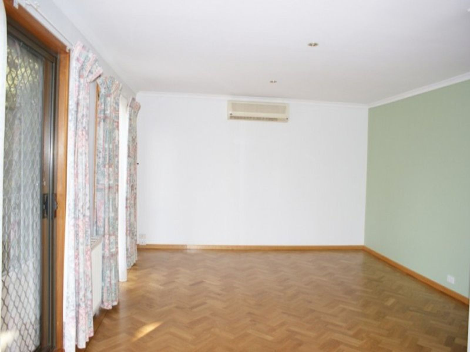 3 Swan Court, Glen Waverley, VIC 3150