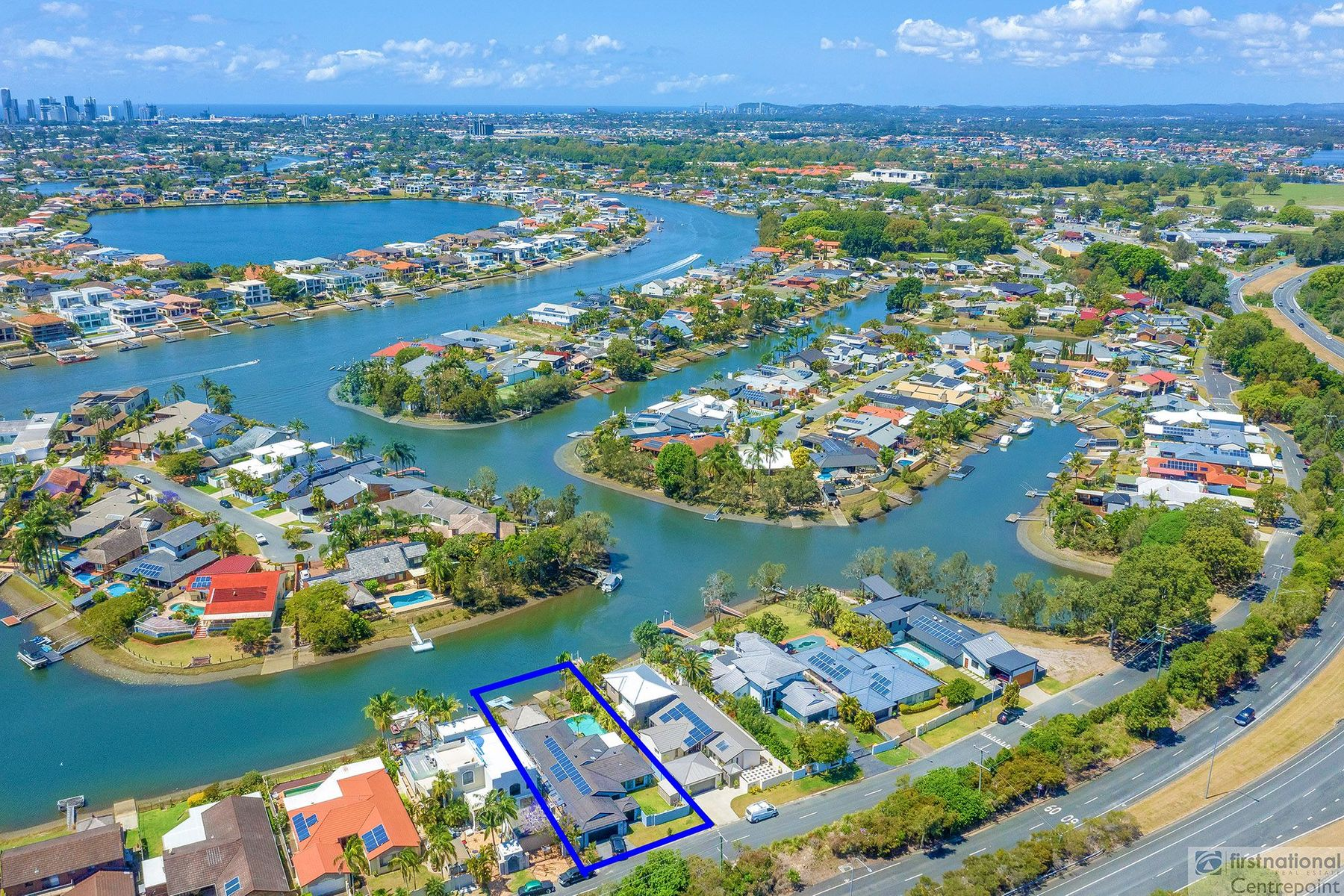 85 Witt Avenue, Carrara, QLD 4211