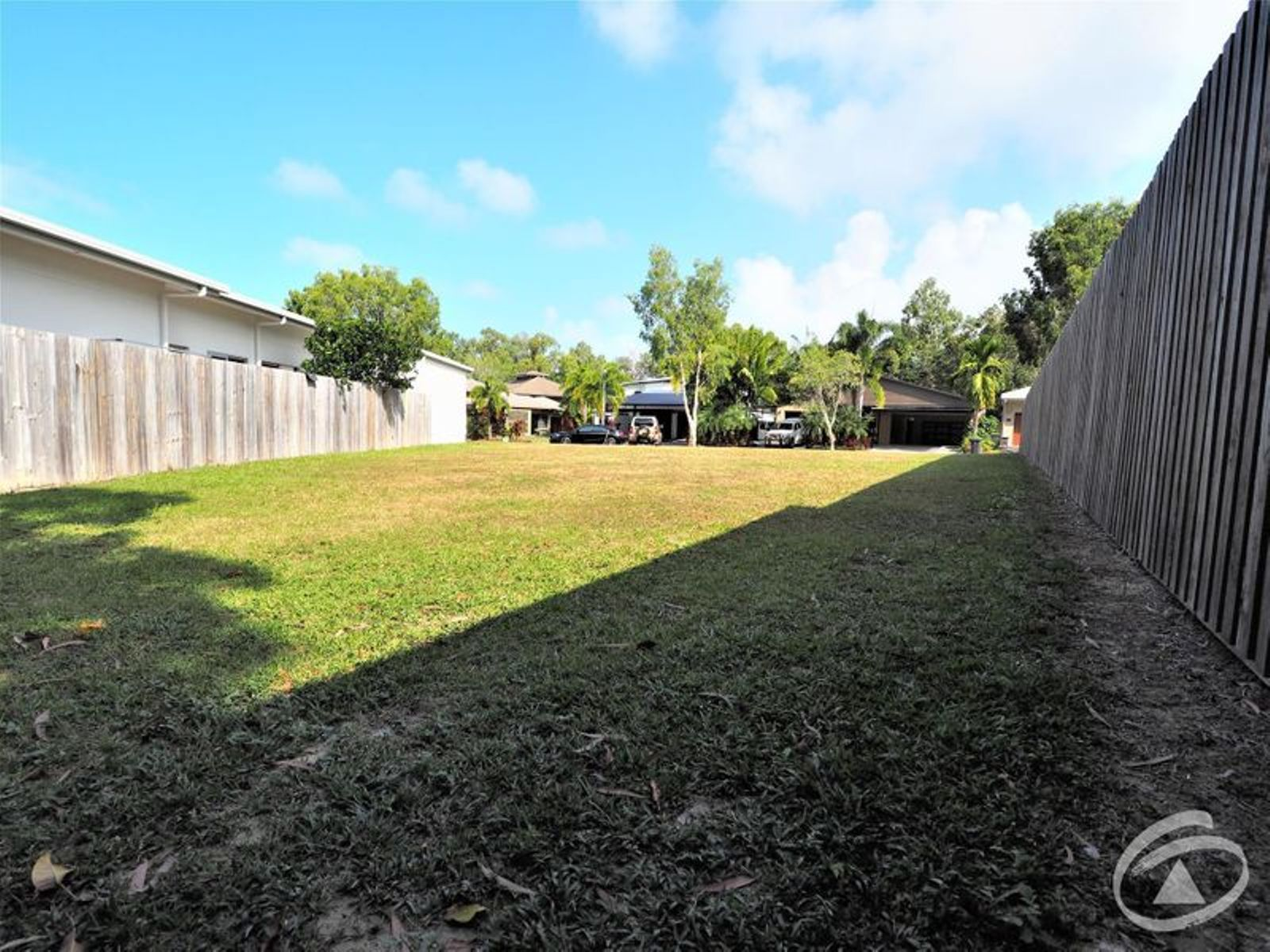 10 Sennfeld Close, Palm Cove, QLD 4879
