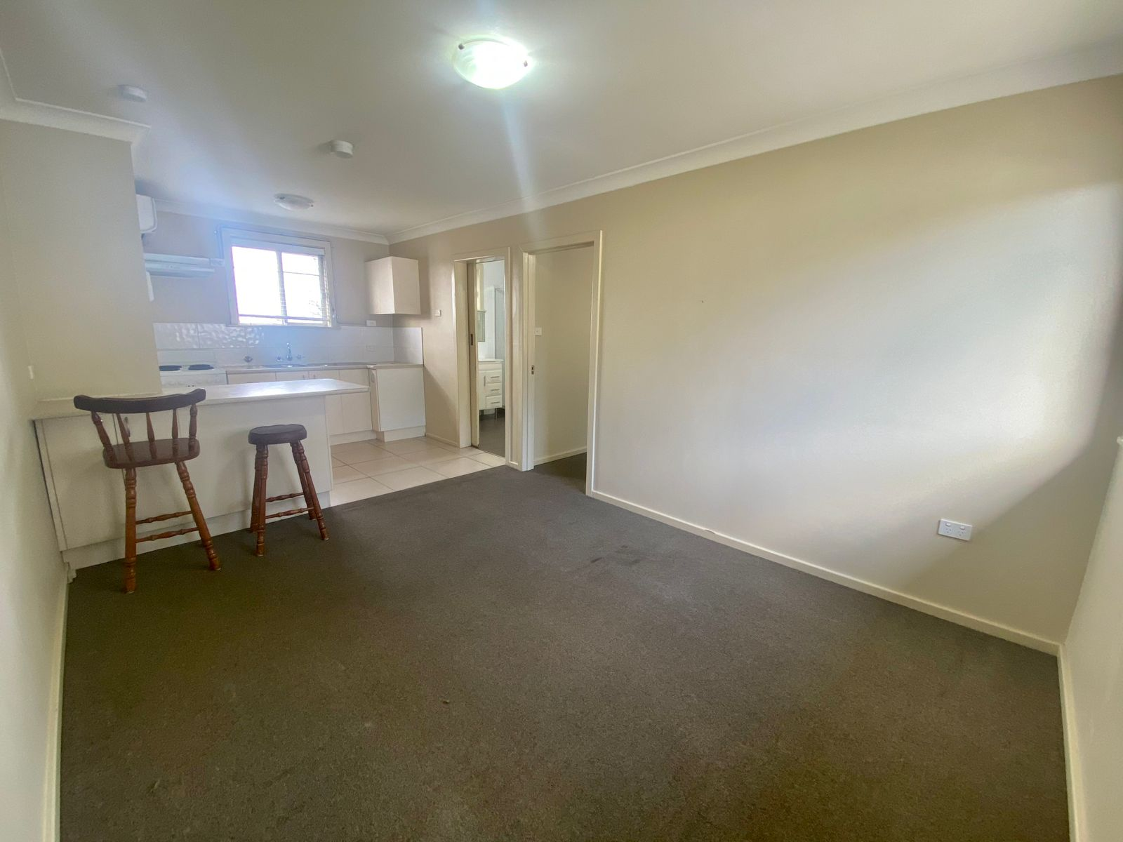 4/233 NEW ENGLAND HIGHWAY, Rutherford, NSW 2320
