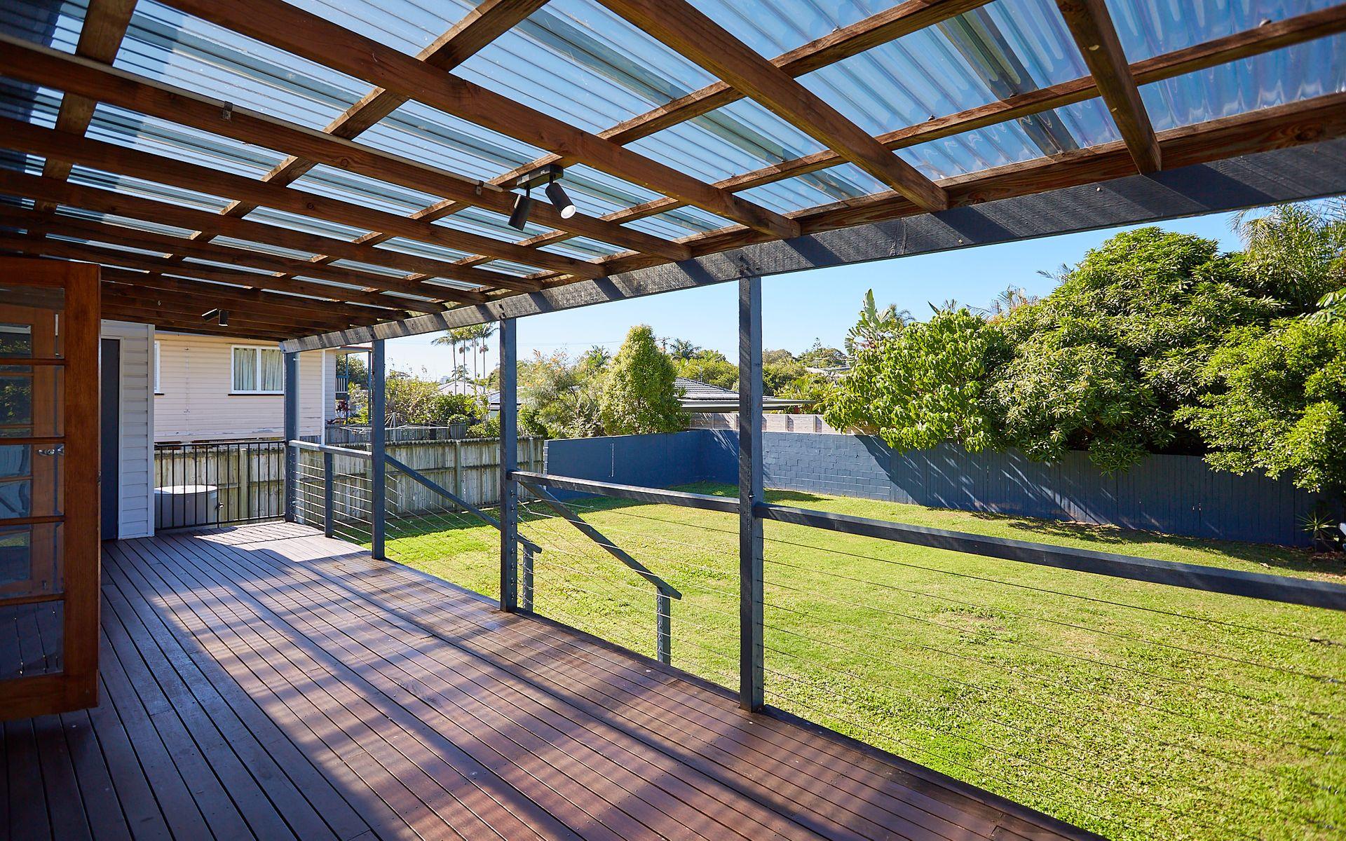 17 Geoffrey Avenue, Southport, QLD 4215