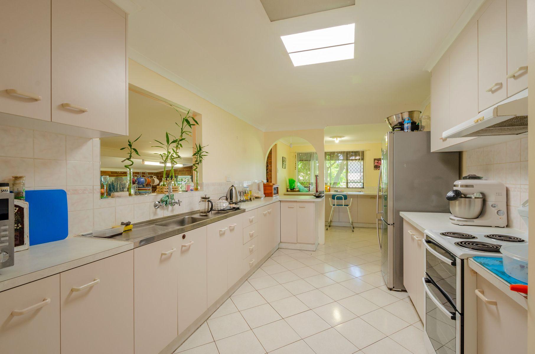 292 Goodwood Road, Thabeban, QLD 4670
