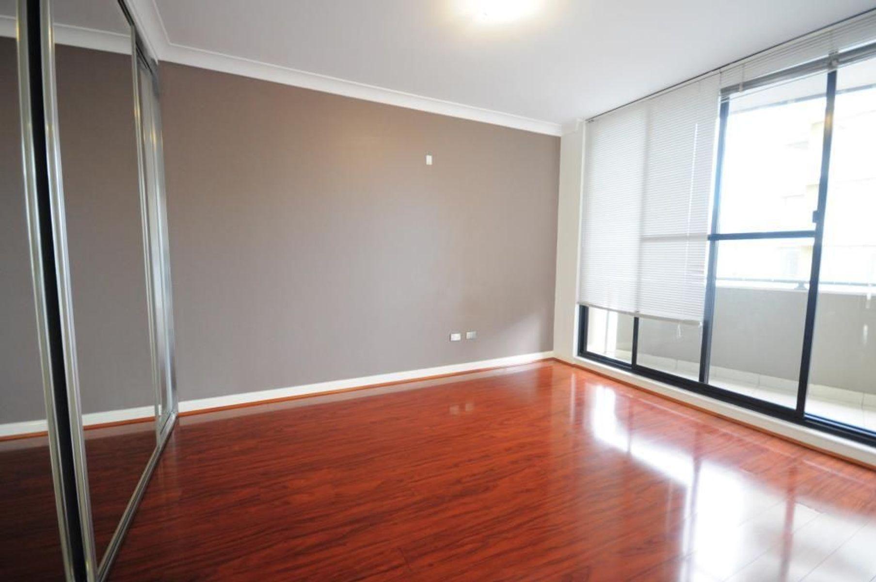 806/31-37 Hassall Street, Parramatta, NSW 2150