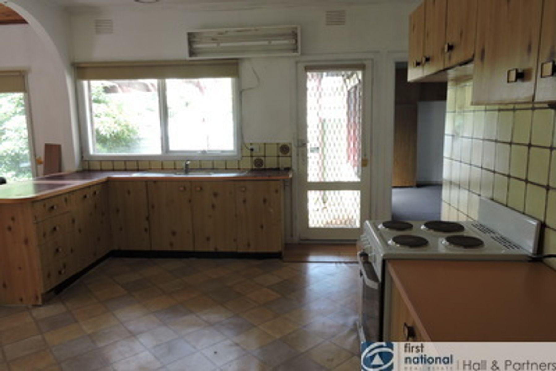 2 Grant Street, Dandenong, VIC 3175