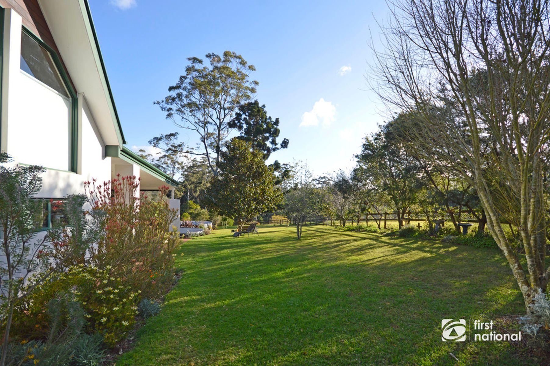 38 Knoll Road, Tamborine Mountain, QLD 4272