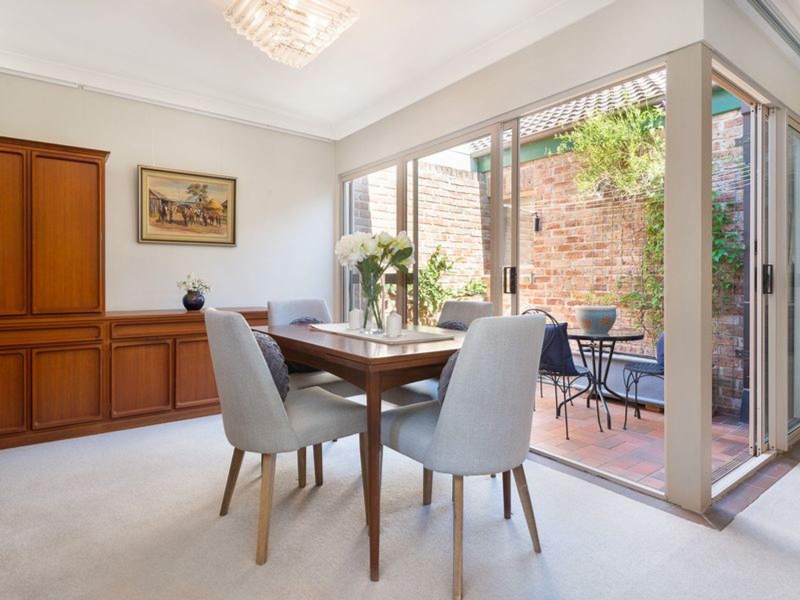 11/2-8 Kitchener Street, St Ives, NSW 2075