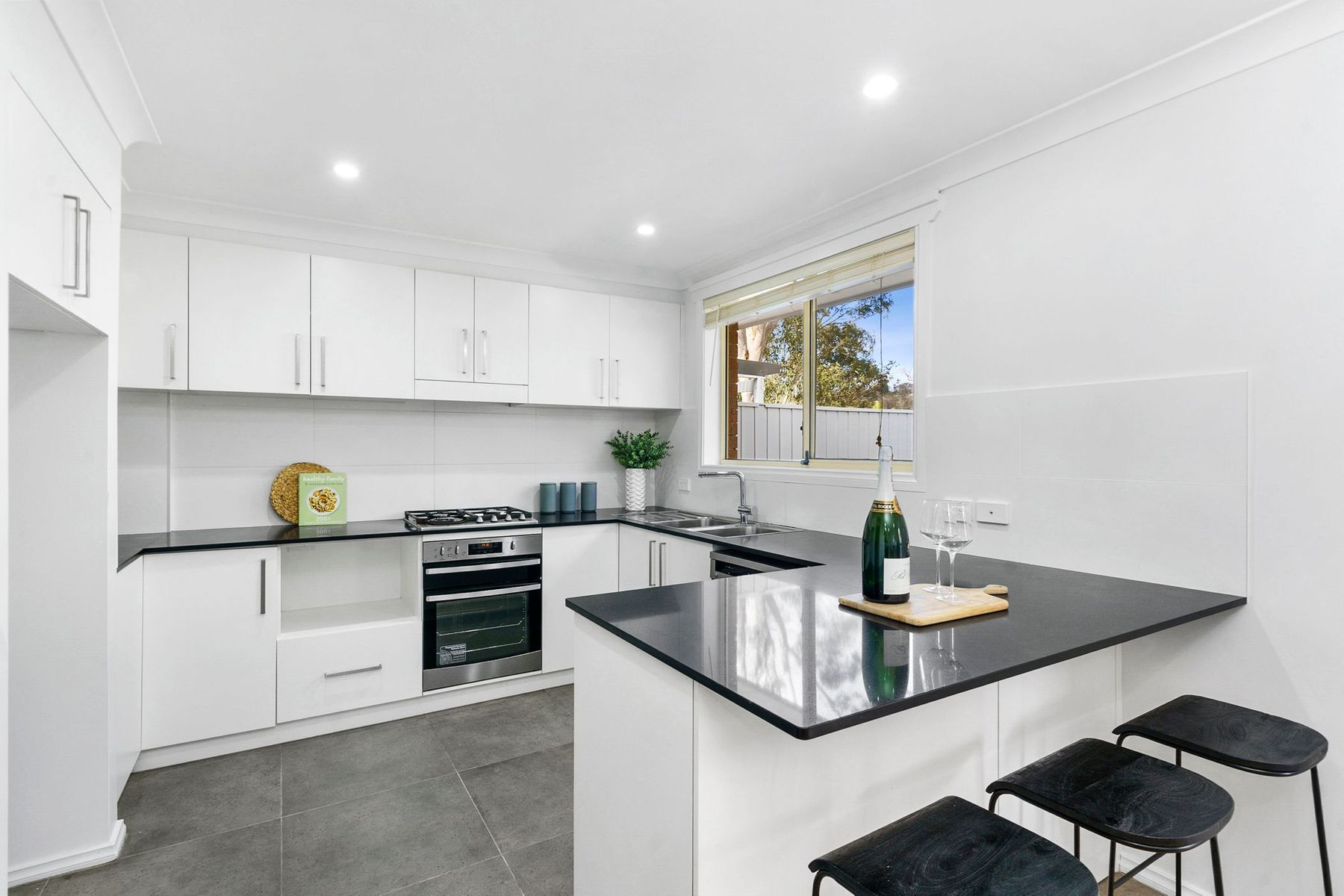 10B Noorong Avenue, Frenchs Forest, NSW 2086