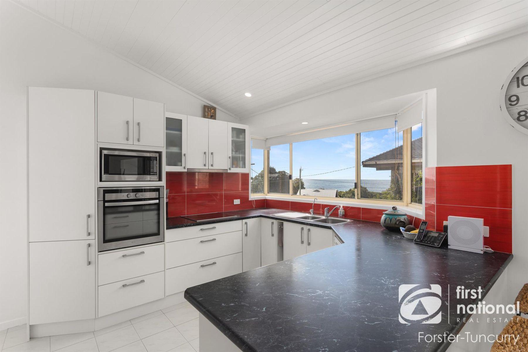 2 Charles Street, Forster, NSW 2428