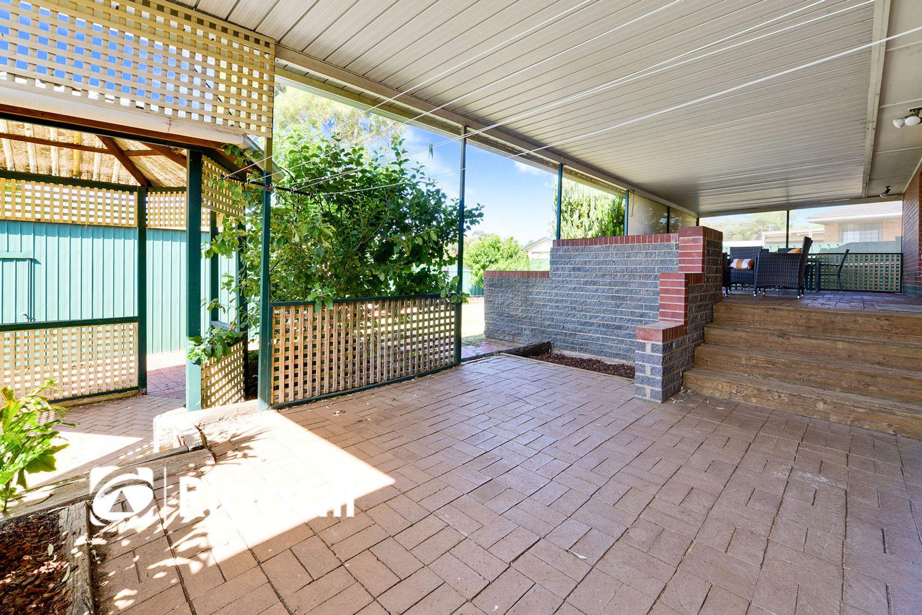 10 Miller Avenue, Para Hills, SA 5096