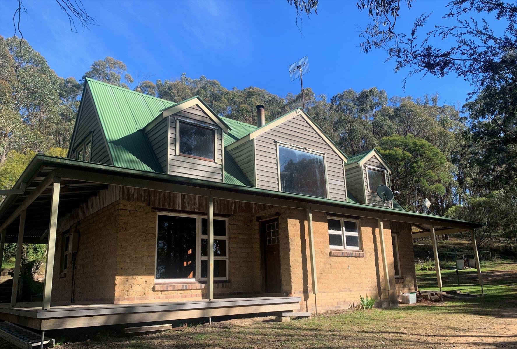 11 Ward Crescent, Glen Innes, NSW 2370