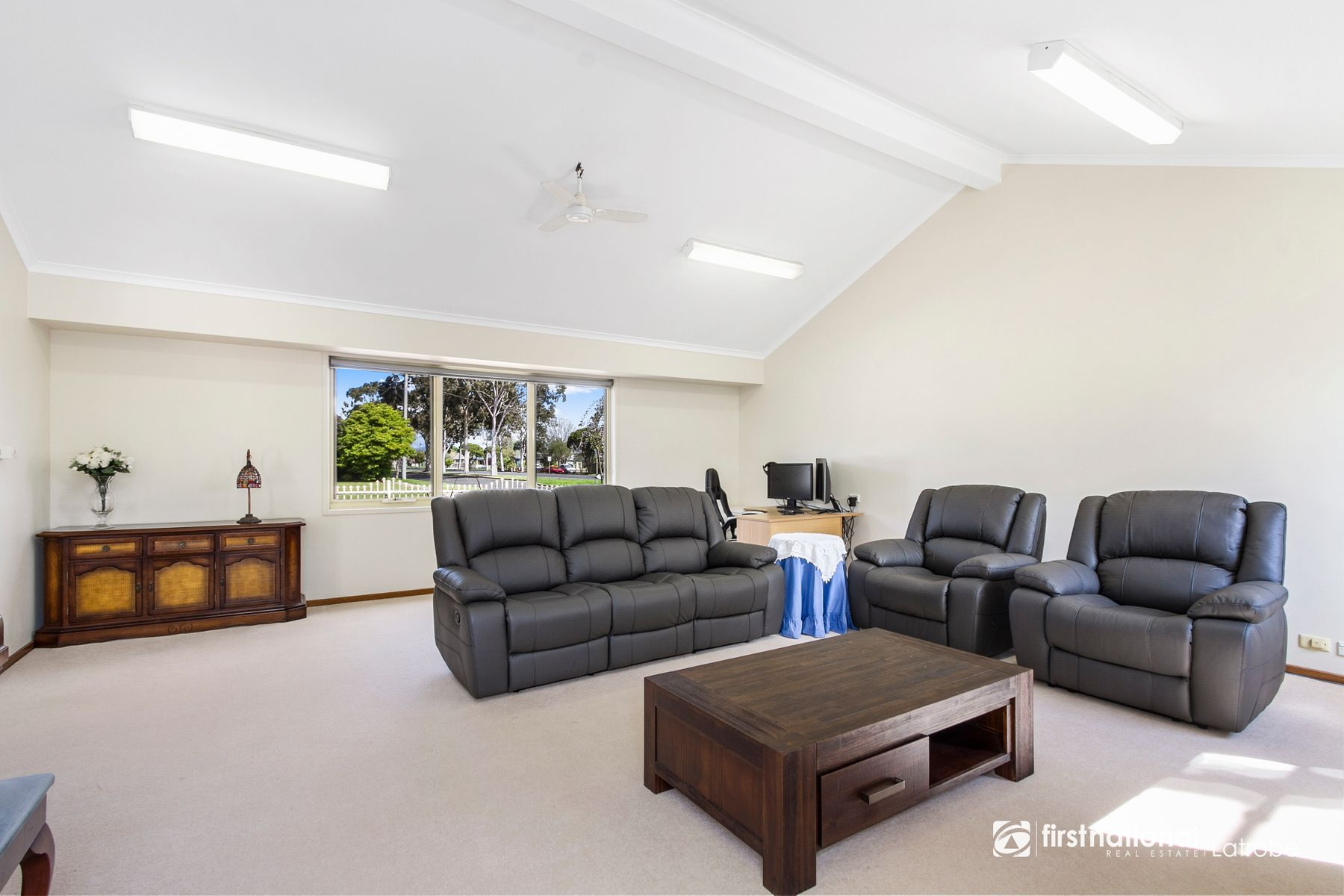 1 Glenview Drive, Traralgon, VIC 3844