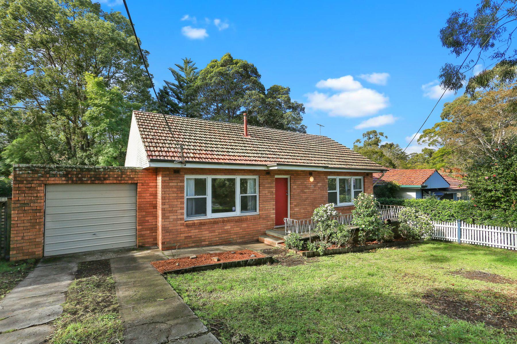 31 Unwin Road, Waitara, NSW 2077