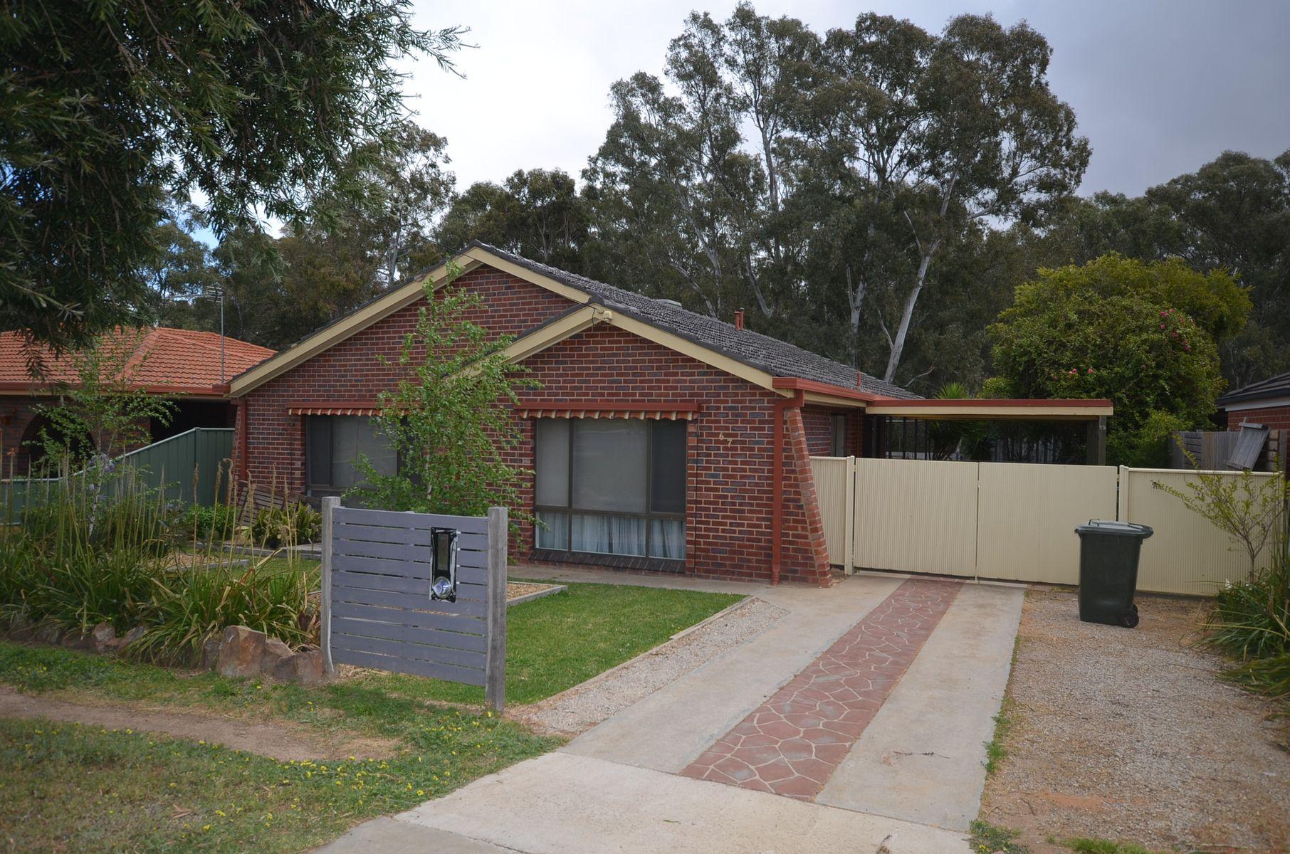 67 Retreat Road, Flora Hill, VIC 3550