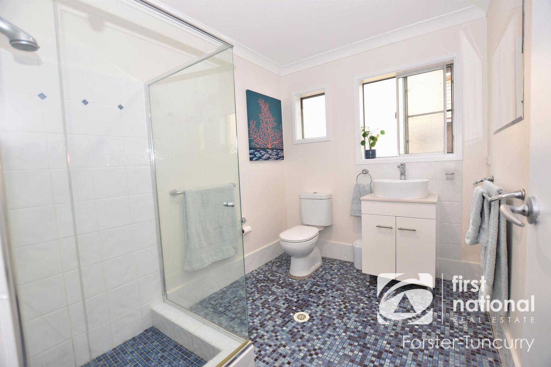 76 Bent Street, Tuncurry, NSW 2428