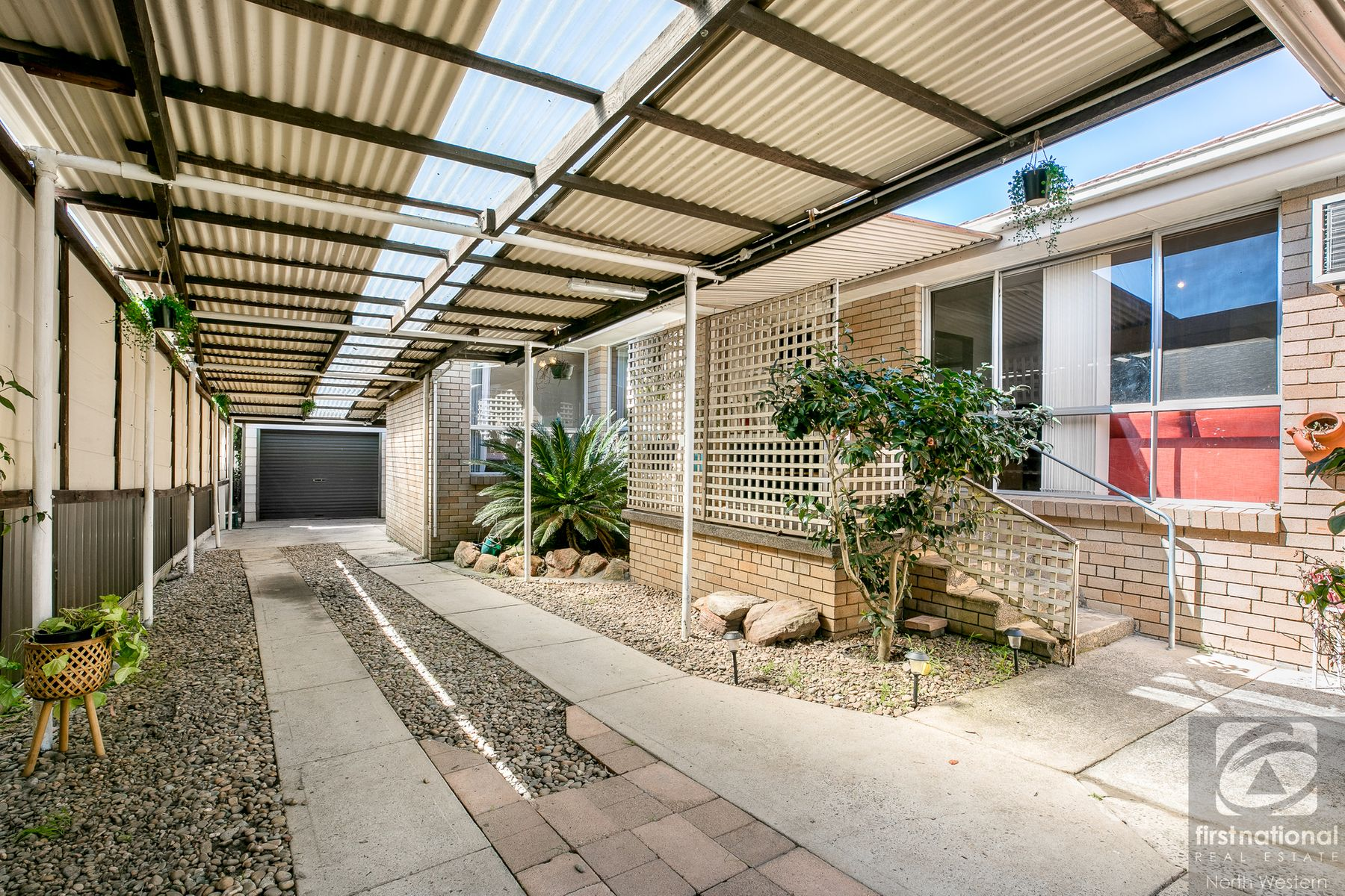 24 Kolodong Drive, Quakers Hill, NSW 2763