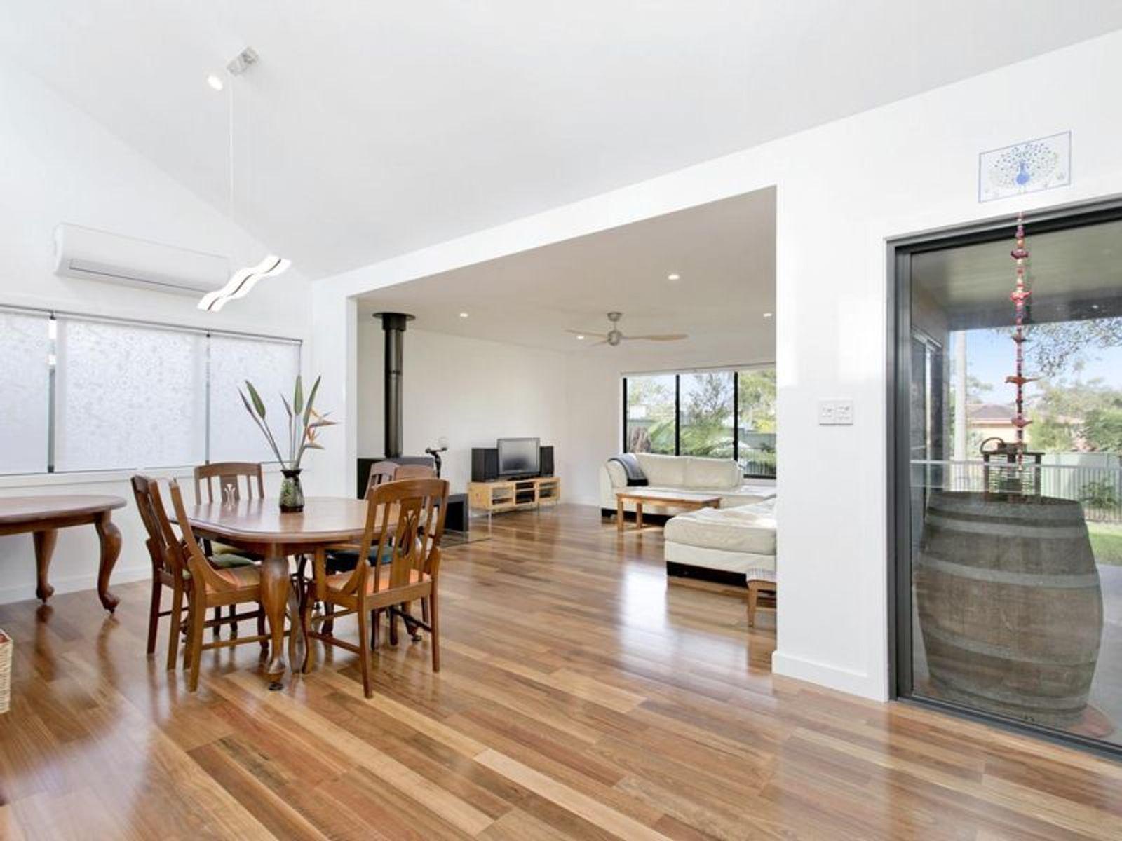 33 Windrush Avenue, Belrose, NSW 2085