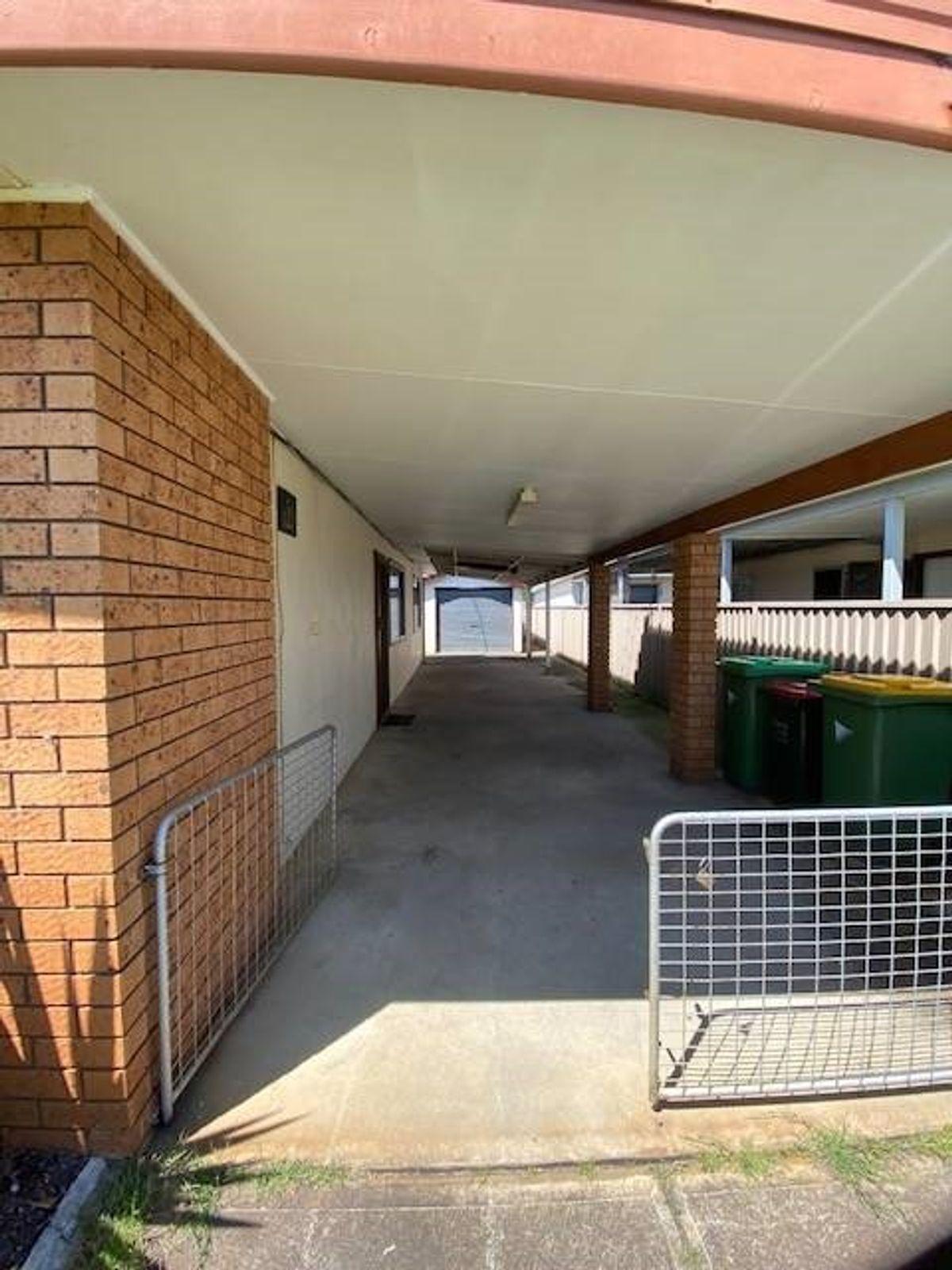 20 Mackenzie Avenue, Woy Woy, NSW 2256