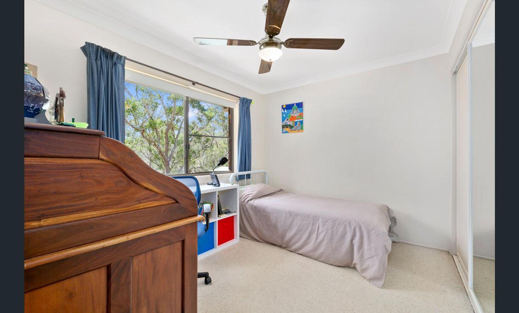 129 KLOSKE RD, Burbank, QLD 4156