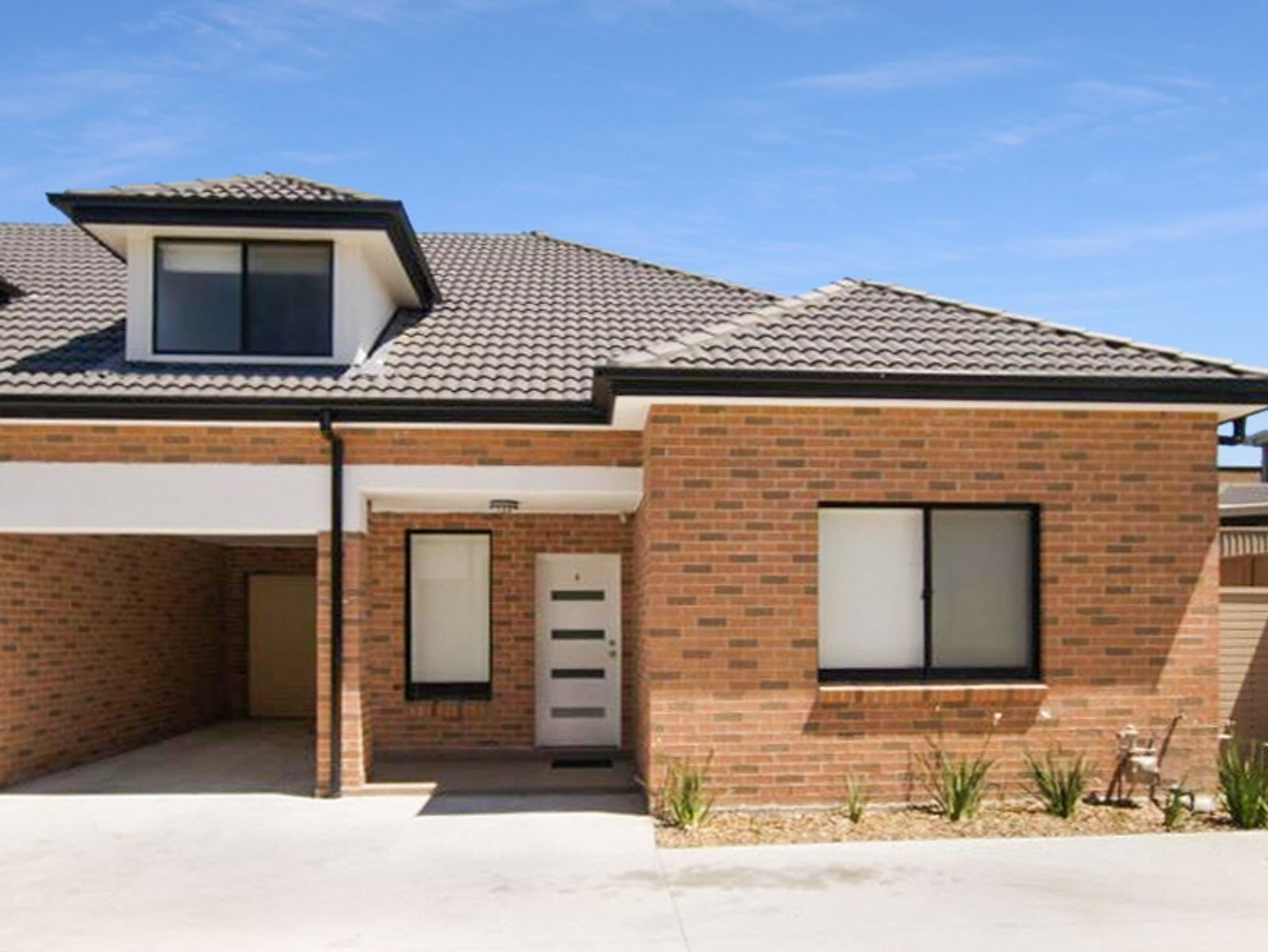 6/5 Resthaven Road, Bankstown, NSW 2200