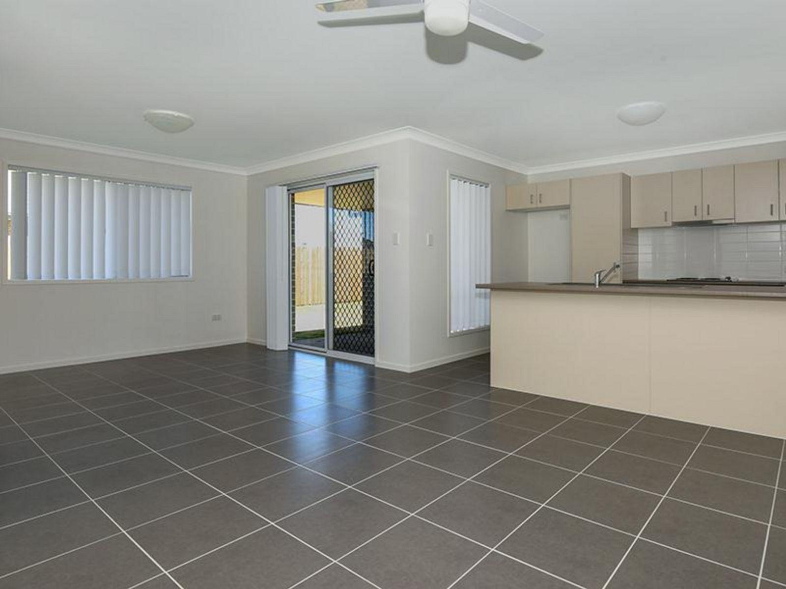 1/5 Carnamah Street, Cambooya, QLD 4358