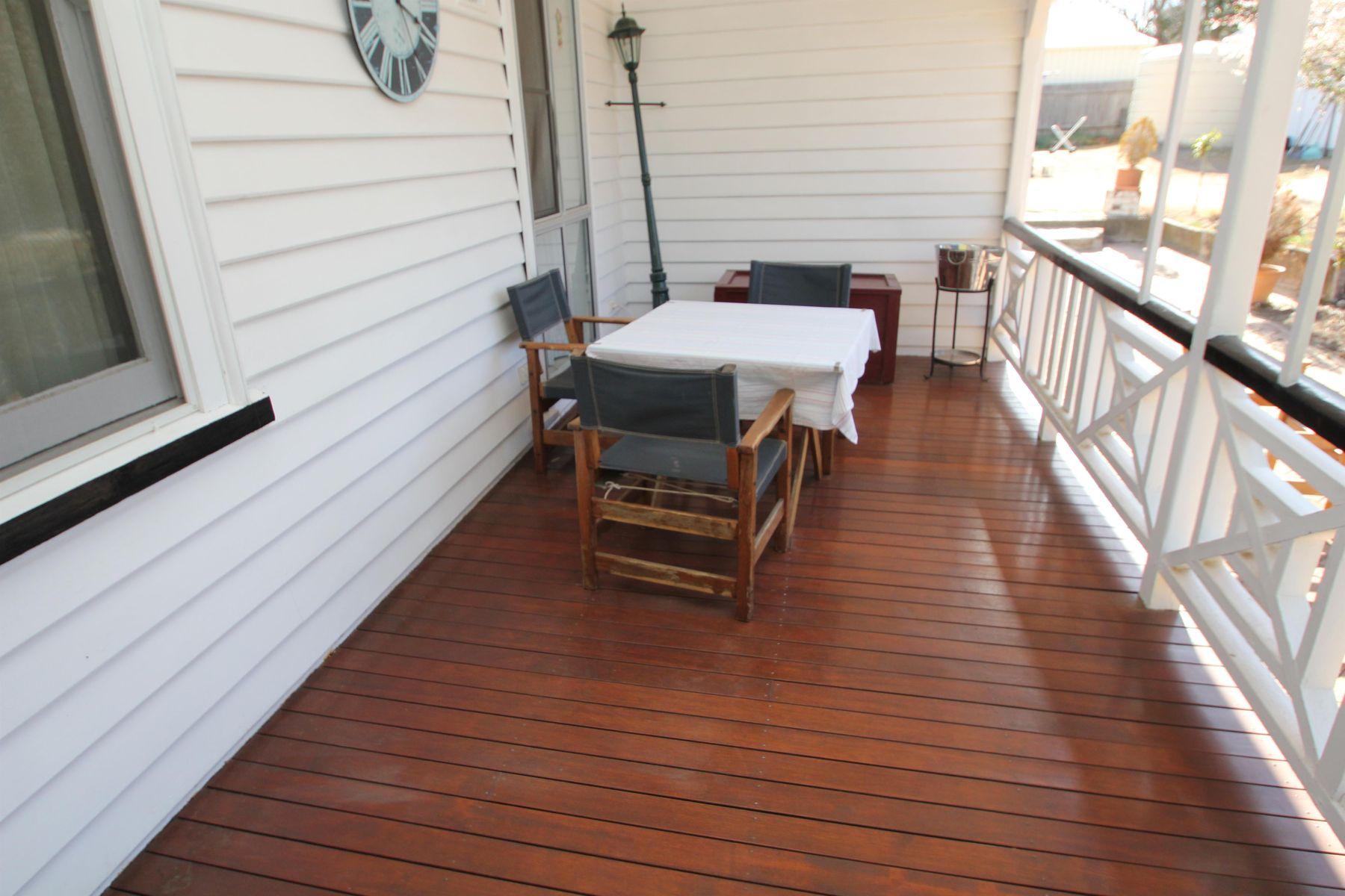 26 Naas Street, Tenterfield, NSW 2372