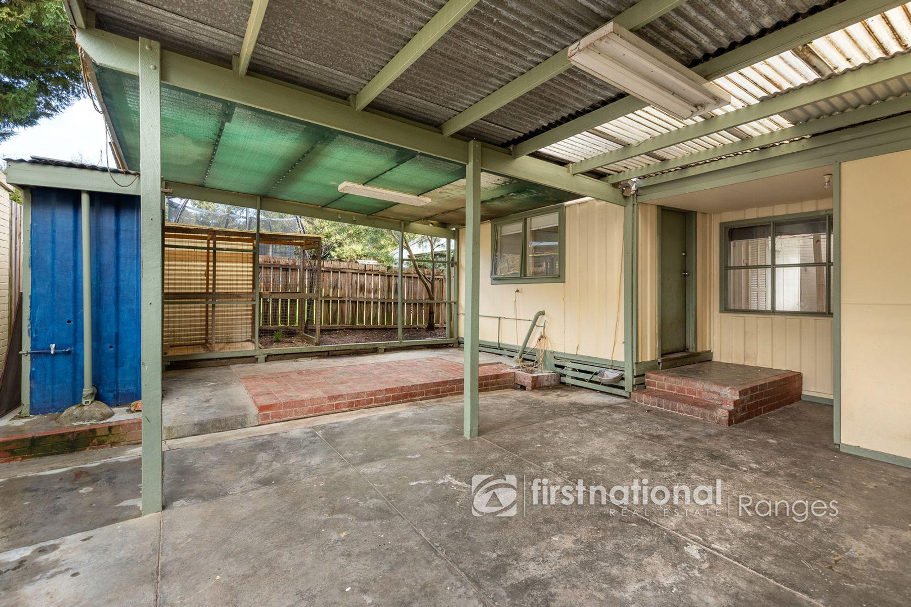 116 Woori Yallock Road, Cockatoo, VIC 3781
