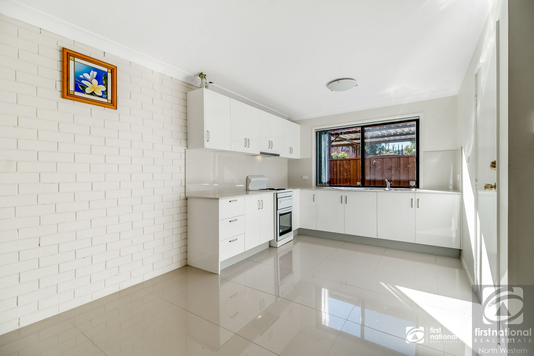 8/4 Highfield Road, Quakers Hill, NSW 2763