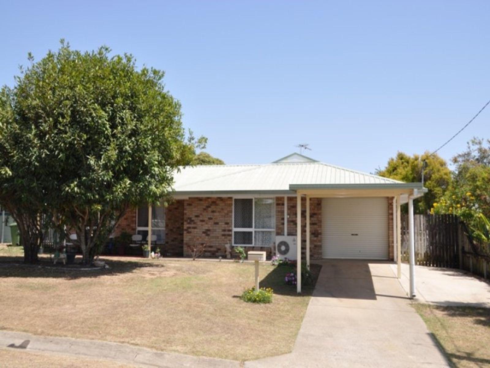 15 Lilliendal Ave, Sarina, QLD 4737