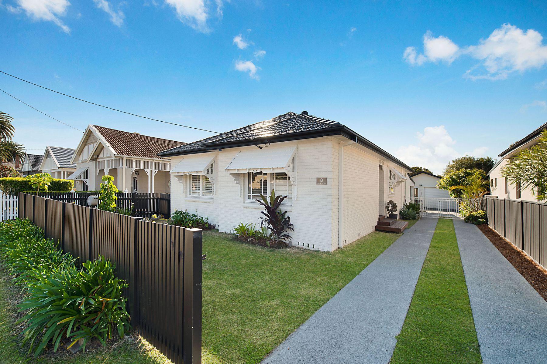 8 Harle Street, Hamilton South, NSW 2303