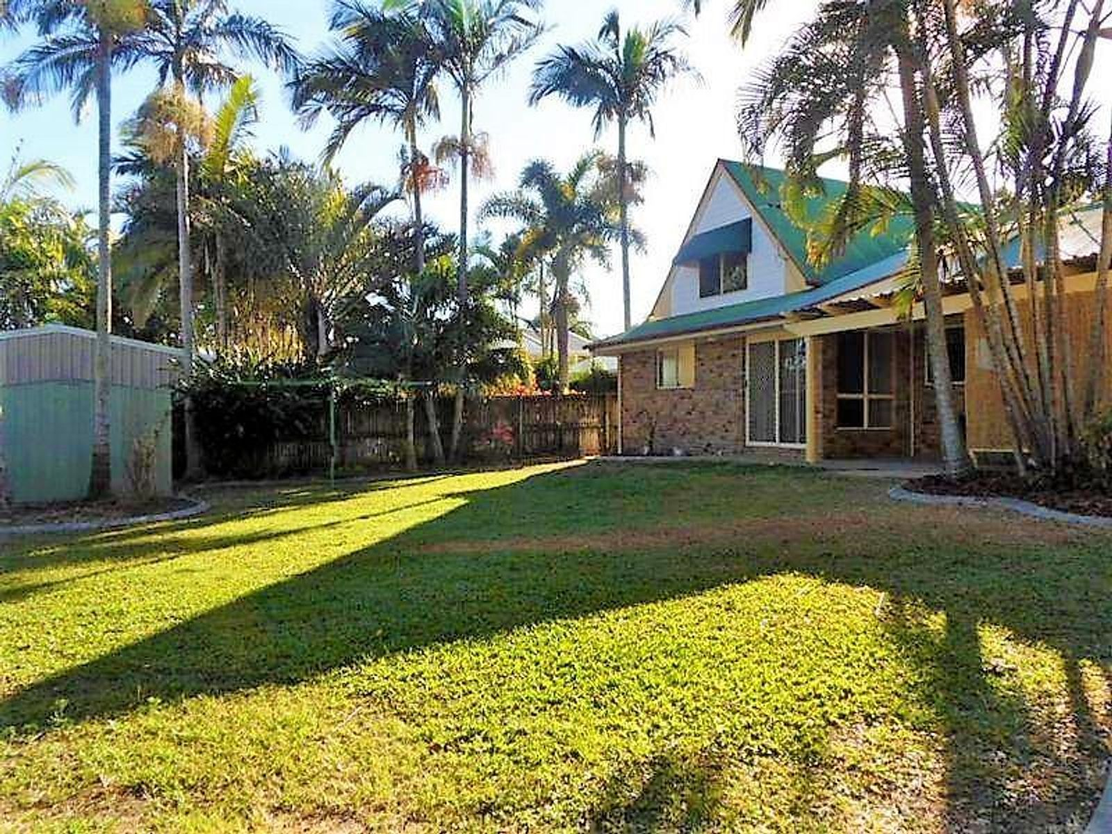 12 Nathan Court, Beaconsfield, QLD 4740