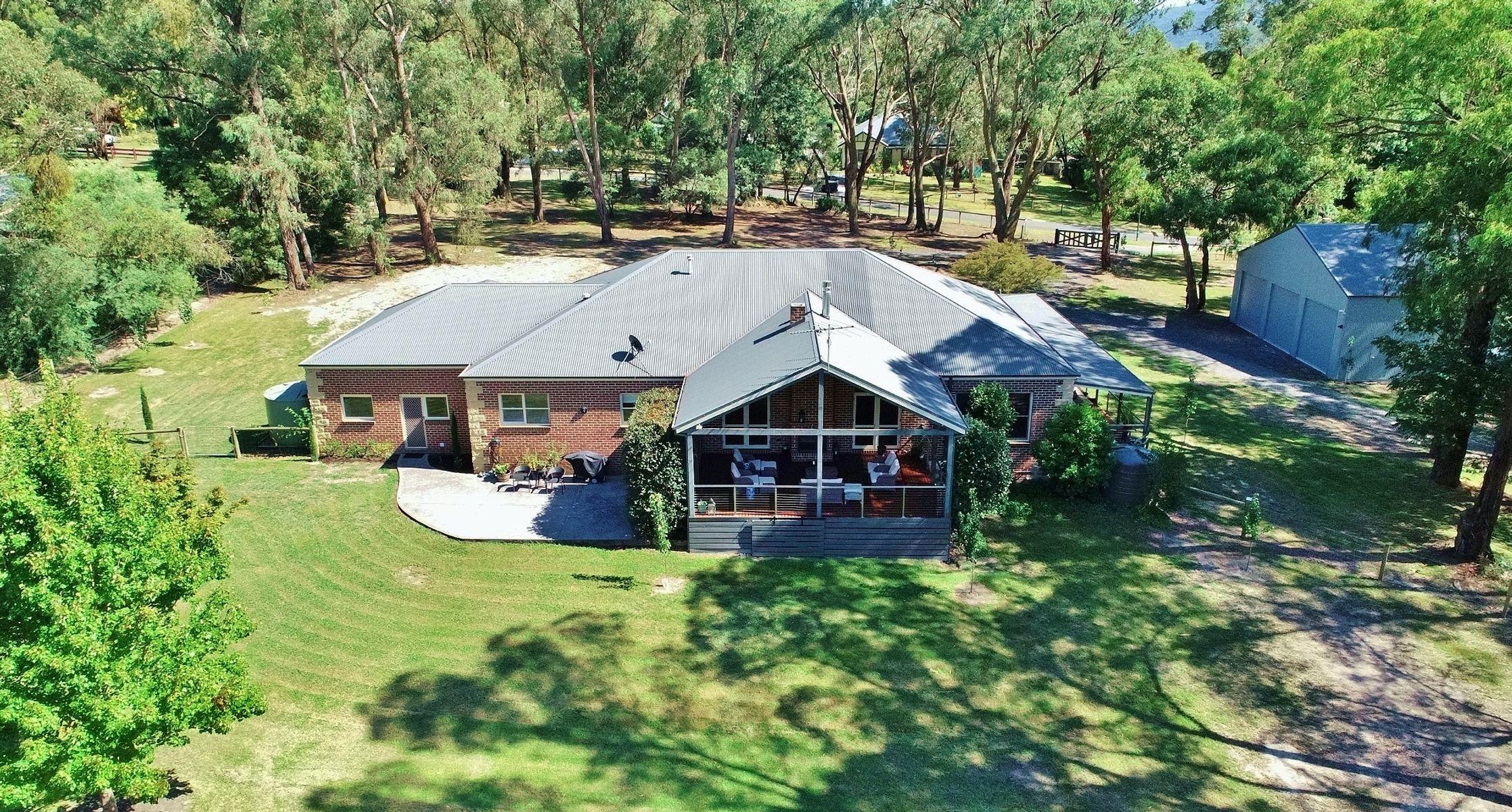 2-3  Parkhaven Court, Healesville, VIC 3777