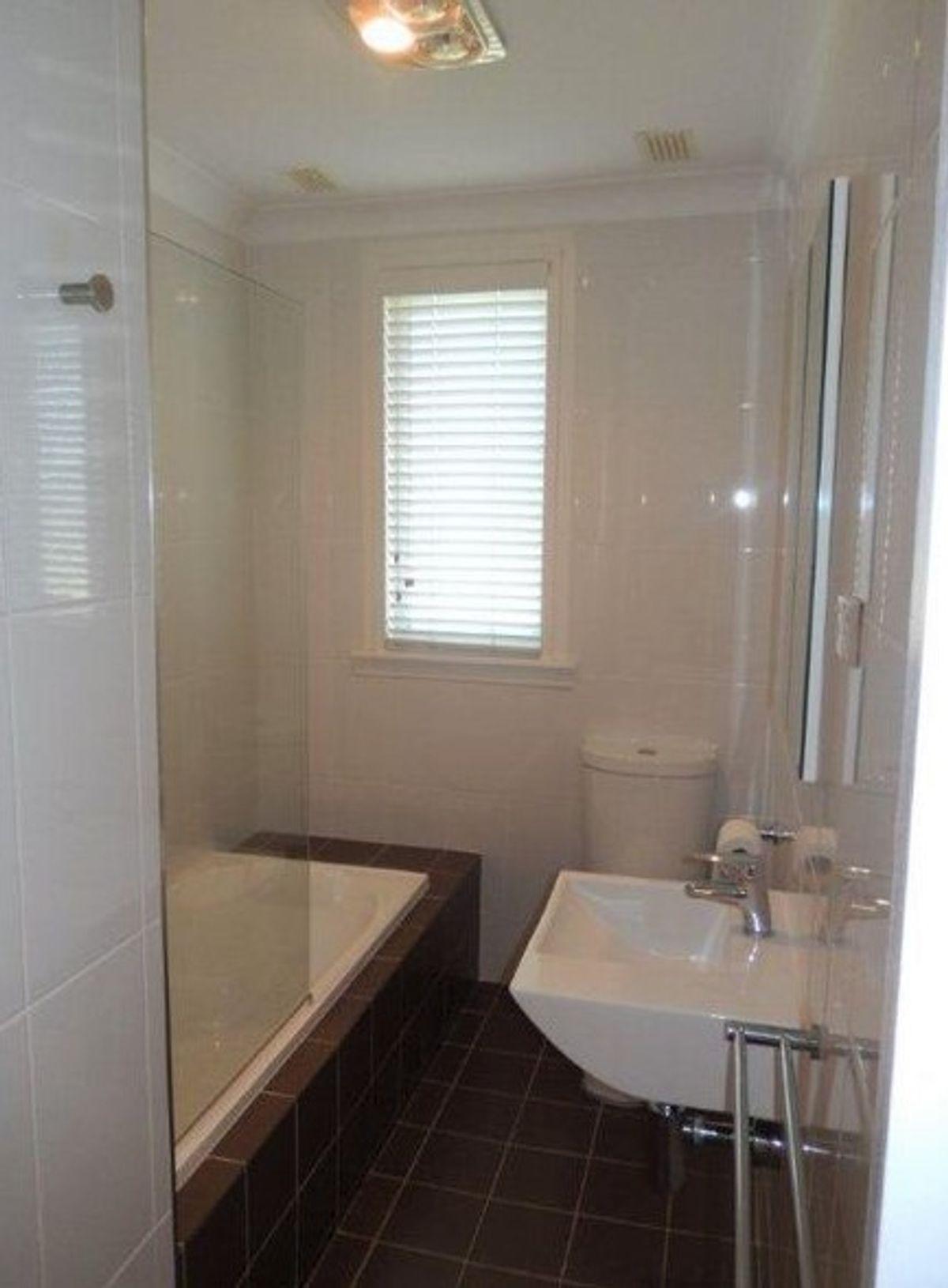 11 Irvine Street, Barrack Heights, NSW 2528