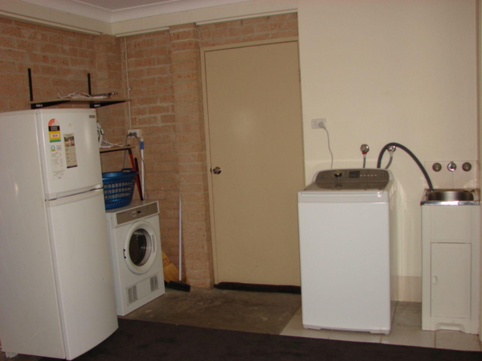 2/3 Acacia Drive, Muswellbrook, NSW 2333