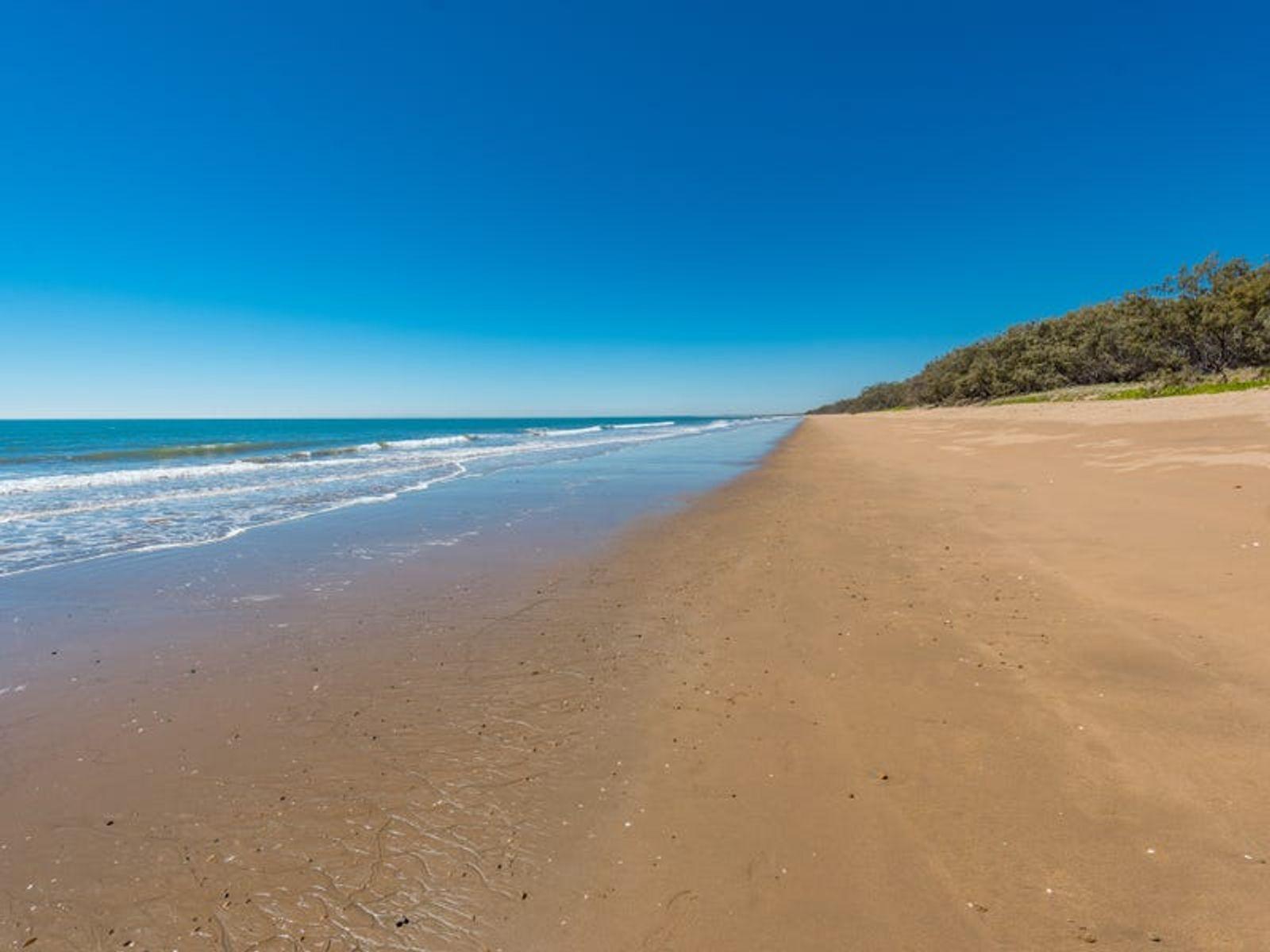 41 Hannah Court, Moore Park Beach, QLD 4670