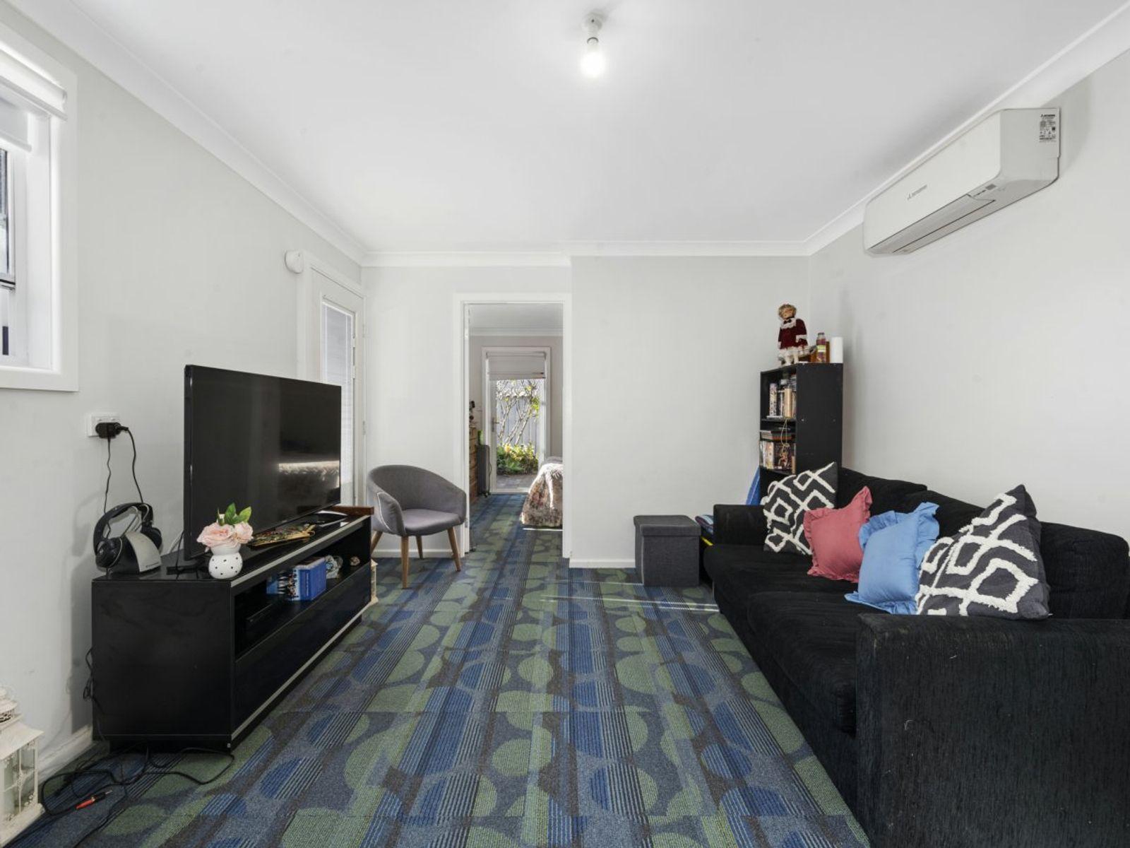 24 Kewalo Avenue, Budgewoi, NSW 2262