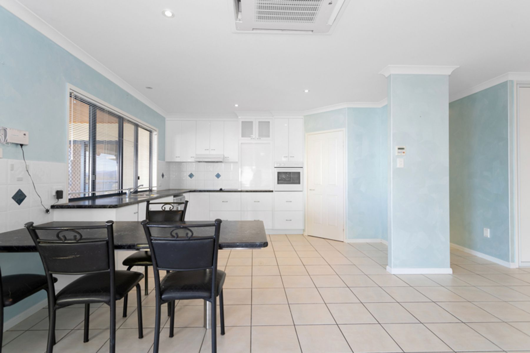 27 Captain Blackwood Drive, Sarina Beach, QLD 4737