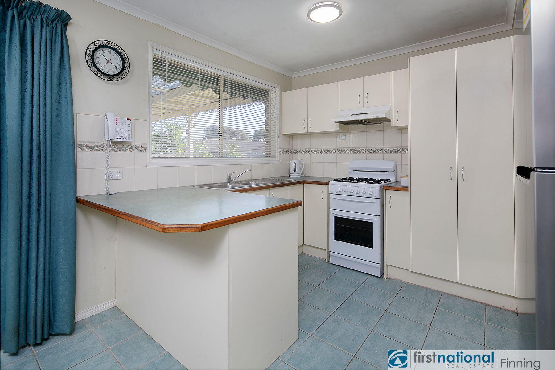 8 Alberton Drive, Cranbourne West, VIC 3977